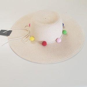 NWT Fun Summer Multicolored Pom Poms Bow Straw Hat